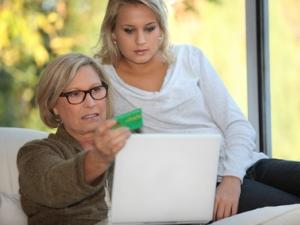 Займ в МФО Центр Займов - на карту, онлайн